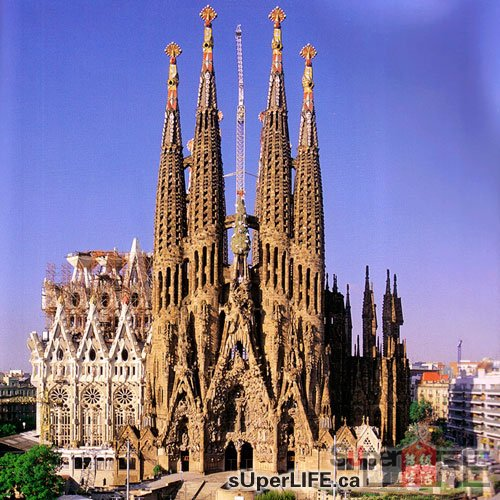 参观仍未完工的巴塞罗那圣家堂   星星生活